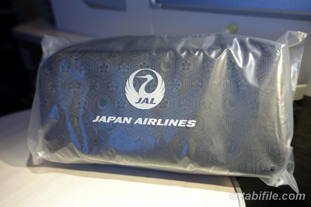 JAL amenity kit