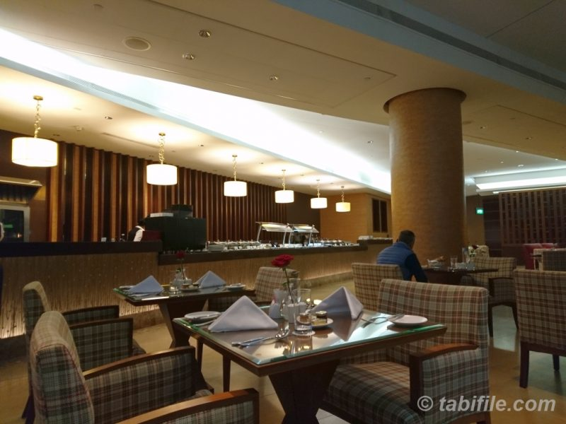 Dubai International Airpot Terminal3 Concourse A Emirates Firstclass Lounge