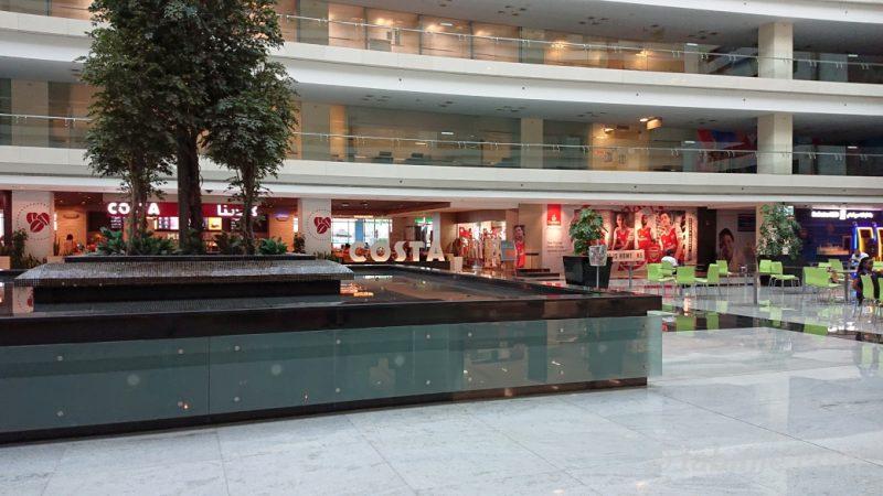 Emirates 本社ビル